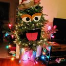 8 nejhnusnějších vánočních stromků na světě - instagram