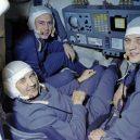 Z vesmíru přímo do hrobu. Podívejte se na nešťastný konec posádky sovětského letu Sojuz 11 - Posádka-kosmické-lodi-Sojuz-11-v-simulátoru.-Zleva-doprava-velitel-Dobrovolskij-palubní-inženýr-Pacajev-a-inženýr-výzkumník-Volkov-aif