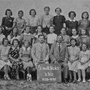 Mladé slovenské Židovky byly prvním oficiálním transportem Židů do Osvětimi - 45-school-Edith-is-3-from-right-640×400
