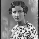 Krásné sestry z aristokratické rodiny Mitfordů šokovaly během války Anglii - Nancy-Mitford1