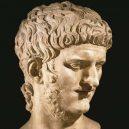 Krutý Nero podlehl kráse mladého chlapce po vraždě své manželky - NjQwMg-nero-7