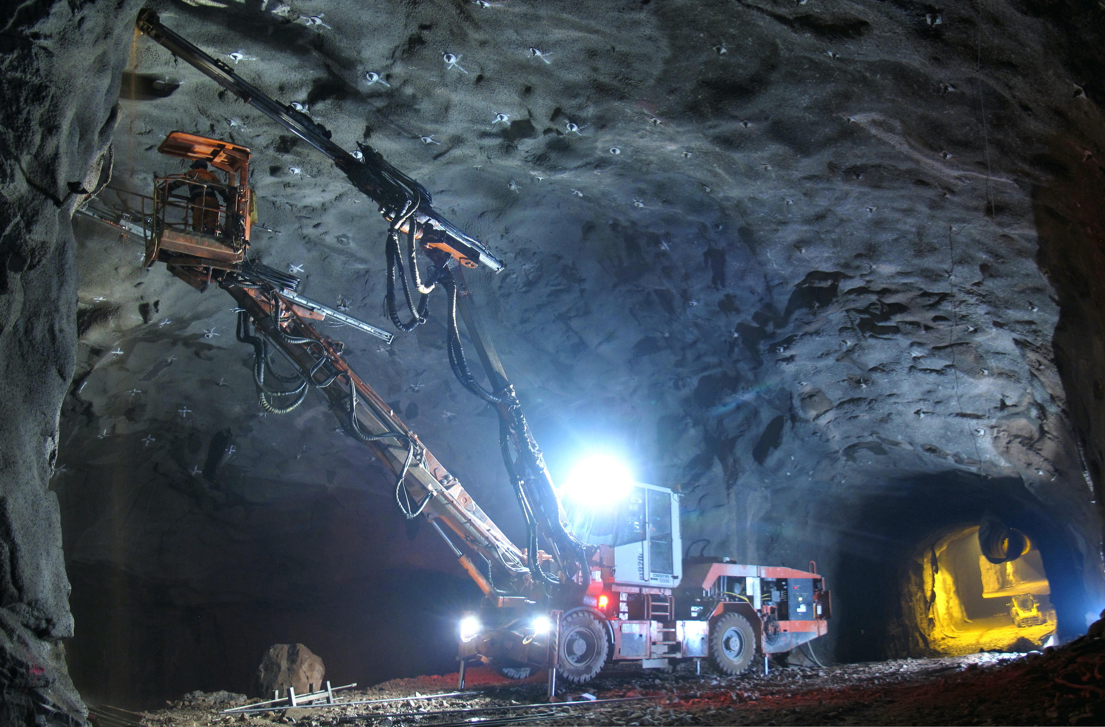 Metrostav v posledních 14 letech staví tunely a mosty ve Skandinávii – na Islandu, v Norsku a Finsku. V Helsinkách se podílel na prodloužení metra. (foto: archiv redakce)