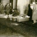 Zbytečná smrt téměř 150 dívek v plamenech továrny - Triangle_Shirtwaist_coffins_crop