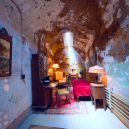 Procházka opuštěnou věznicí – Eastern State Penitentiary - al-capone-jail-cell-replica