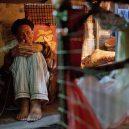 Klec jako domov – nedůstojné klaustrofobické bydlení nejchudších bohatého Hongkongu - pajama-pants