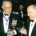Charlie Brown a Franz Stigler – nepřátele na opačných stranách, které sblížila krutá válka - i