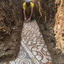 Překrásná antická podlahová mozaika se vyklubala z útrob italské vinice - Italy-mosaic-04
