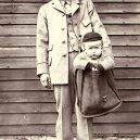 Fotografie z dob, kdy ještě posílat děti poštou nebylo nelegální - baby-mail-sad