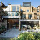 Luxusní The Coach House vyplňuje prostor mezi dvěma viktoriánskými budovami v londýnské čtvrti - coach-house-selencky-parsons-architecture-london-uk_dezeen_1704_col_6