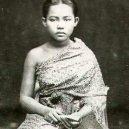 Zbytečné smrti siamské královny a jejích dvou dětí přihlíželi nečinní svědci - 95280756