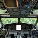 Bizarní bydlení uvnitř vyřazeného Boeingu 727 - retired-boeing-727-recycled-home-bruce-campbell-7