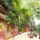 Z opuštěné jeskyně pohodlné bydlení – podívejte se na neuvěřitelnou proměnu - TV-house-exclusive–Cave-conversion