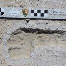 Badatelé zanalyzovali přes deset tisíc let staré lidské stopy - 34423602-8843079-image-a-5_1602757740843