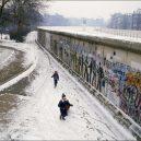 Fotografie Berlínské zdi ze Západního Berlína z let 1985-1986 - everyday-life-berlin-wall (2)