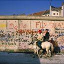 Fotografie Berlínské zdi ze Západního Berlína z let 1985-1986 - everyday-life-berlin-wall (3)