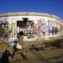 Fotografie Berlínské zdi ze Západního Berlína z let 1985-1986 - everyday-life-berlin-wall (7)