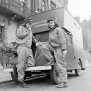 """""""Donut Dollies"""" připravovali vojákům čerstvé donuty přímo na válečné frontě - american-red-cross-clubmobile"""