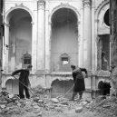 Dostavba poválečných Drážďan v unikátních historických snímcích - Rebuilding-Dresden (14)