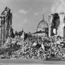 Dostavba poválečných Drážďan v unikátních historických snímcích - Rebuilding-Dresden (5)