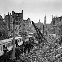 Dostavba poválečných Drážďan v unikátních historických snímcích - Rebuilding-Dresden (7)