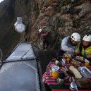 Natura Vive Skylodge Adventure Suites – noc 122 metrů nad zemí - skylodge_06-1024×682-1024×682