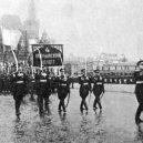 Divoké poválečné oslavy připravily Moskvu o vodku - 1024px-1945_moscow_victory_parade_8-741×509