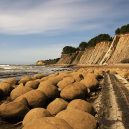 Klerksdorpské koule – mysteriozní dílo z lůna naší planety - 1280px-Bowling_Balls_Beach_2_edit