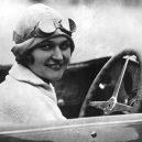 Zamilovaní manželé Junkovi ovládli (nejen) český automobilismus. Konec nastal tragickou smrtí jednoho z nich - 4411d457e6c631cb80bdb873b174526e_resize=680,383_