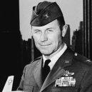 """""""Nejrychlejší muž na zemi"""" Chuck Yeager zemřel ve věku 97 let - image"""