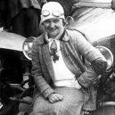 Zamilovaní manželé Junkovi ovládli (nejen) český automobilismus. Konec nastal tragickou smrtí jednoho z nich - junek
