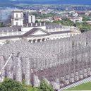 100 tisíc zakázaných titulů stvořilo repliku antického Parthenónu v životní velikosti - Parthenon%2520of%2520Books%25201