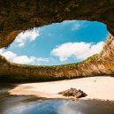 Playa del Amor – mexická pláž lásky, k níž se dostanete pouze za odlivu - puerto-vallarta-s-hidden-beach