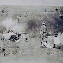 """Bizarní australská """"válka s emuy"""" z roku 1932 - Australian_soldiers_resting_during_Emu_War"""
