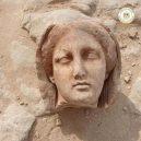 Mumie se zlatým jazykem překvapila archeology - 38750212-9211409-The_other_burials_were_not_as_preserved_but_Dr_Kathleen_Martinez-a-1_1612216006494