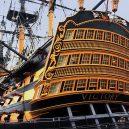 Vyplula roku 1765, přežila bitvu u Trafalgaru a činí se dodnes. HMS Victory je nejstarší lodí v aktivní službě - 612664395a40232133447d33247d383332373136303733