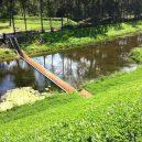 Dechberoucí Mojžíšův most vás provede skrz vodní hladinu - 8def2a30460c1fae09707987e55d4c8085b19855