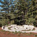 Na věčný odpočinek do sekvojového lesa - better-place-forests-burial-grounds-claifornia-openscope-studio-fletcher-studio-_dezeen_2364_col_15-1536×1024