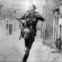 Konrad Schumann – voják z legendární fotky skončil život sebevraždou - conrad_schumann_2