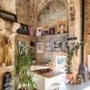 Takhle se bydlí v bývalé ruině renesančního kostela - the-church-of-tas-sopuerta-spain-designboom-4
