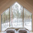 Niliaitta – moderní verze tradiční laponské stavby - you-can-truly-sleep-amongst-the-trees-in-this-cozy-cabin-enjoying-all-that-nature-has-to-offer