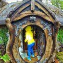 Dřevorubec si nevědomky si postavil hobití doupě - 03-g9lKcmY