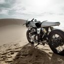 Sci-fi plášť na elegantní motorku Royal Enfield z dílny Bandit9 - BANDIT9_JAEGER_3k-15