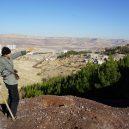 Nevábné místo plné odpadků přeměnil senior v zelený les - Mardin tree grower 6