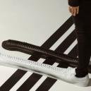 Adidas představil nejdelší tenisky světa - oihlj