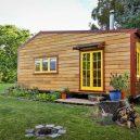 Překrásný domek jak do kapsy si postavili vlastnoručně - RECYCLED-TINY-HOUSE-(9-of-10)